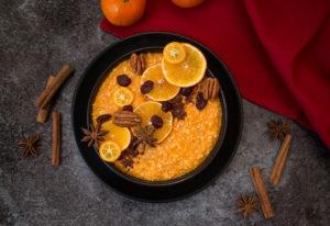 Porridge au potiron, fruits secs et épices